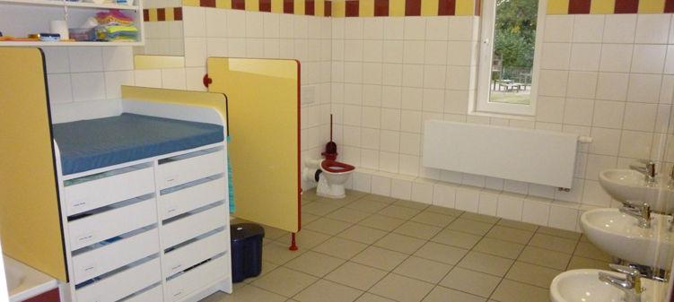 Waschraum Krippe